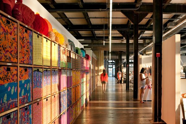 urban-outfitters-office-18